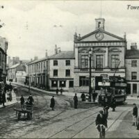 Luton Front 003