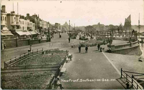 Southend Front 001
