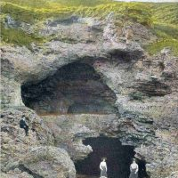 CAVES / CAVING